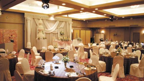 旅館 安楽温泉 ▷美味しい料理と真心込めたおもてなし 1日1組限定の貸切ウエディングが人気