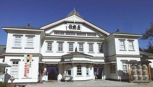 〈小坂町〉明治から残る芝居小屋の体験見学 ▷冬期限定の特別な体験をぜひ!