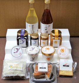 〈上小阿仁村〉「ほおずき」と「こはぜ」を使用した商品 ▷産地ならではのバラエティ商品