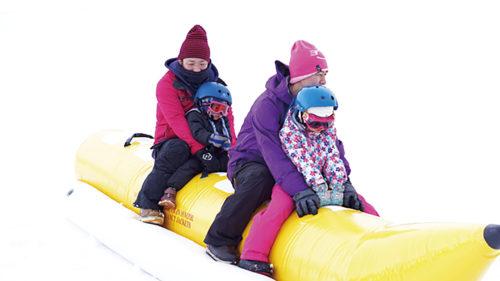 〈三種町〉スノーモービル&バナナボート2019 in森岳温泉36ゴルフ場▷銀世界を爽快に駆け抜けよう!
