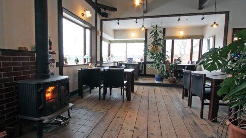 【冬のカフェvol.14】果樹農家のレストラン しらかみカフェ▷温もり溢れる空間で味わう地場の恵み