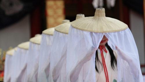 〈湯沢市〉小町まつり▷湯沢ゆかりの小野小町を偲ぶ 平安情緒あふれる祭り