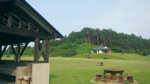 〈井川町〉日本国花苑キャンプ場▷オブジェが点在する楽しい空間