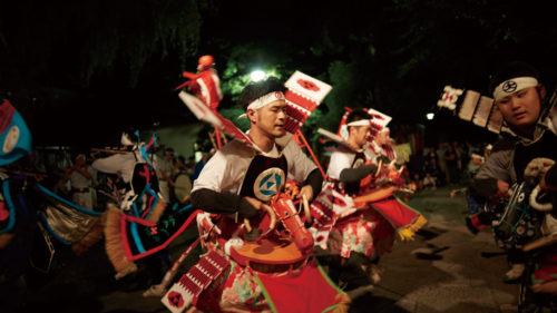 〈藤里町〉秋田県無形文化財民俗芸能 藤琴豊作踊り ▷伝統を受け継ぐ郷土芸能 白神の麓で騎馬武者が激しく舞う