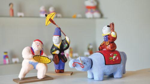 東北の酒と玩具 MUTO▷東北の歴史と文化に触れられる 愛らしい郷土の玩具