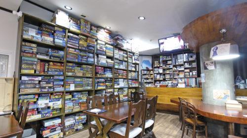 Boardgame Cafe CLOCKWISE▷約800種が楽しめる! 秋田市初の本格ボードゲームカフェ