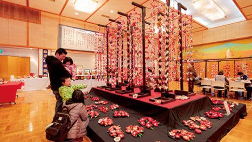 【縮小開催】〈北秋田市〉北秋田のおひなまつり▷巨大つるし雛を飾り優雅な雰囲気に