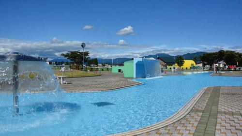 〈美郷町〉【中止】プールパークみさと▷家族で楽しめる広い敷地のプール