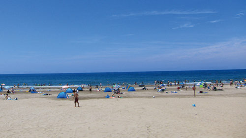 〈秋田市〉下浜海水浴場▷家族や友人と海水浴を楽しもう
