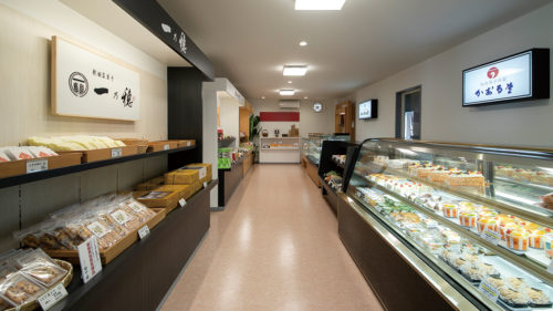 ポンドール▷3ブランドが揃う菓子工場の直営店