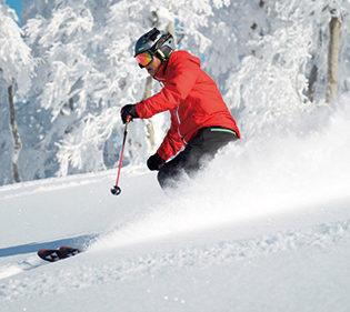 〈北秋田市〉森吉山阿仁スキー場▷抜群の雪質と圧巻の景色を体感
