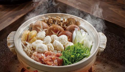 〈仙北市〉山の芋鍋▷粘りのある山の芋を使った名物