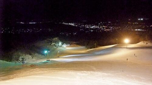 〈鹿角市〉水晶山スキー場▷週末は遅い時間からでも利用可能