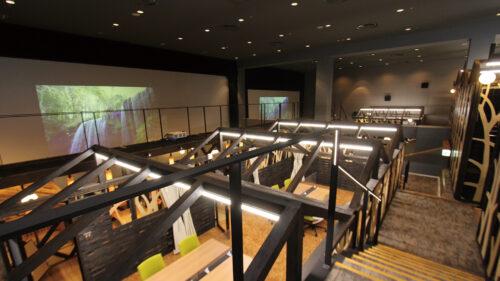 リモートオフィス Atelier AL☆VE アトリエアルヴェ/AL☆VEシアター▷秋田駅前という好立地 オフィス&エンターテインメントの融合