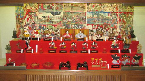 〈仙北市〉角館のひな人形展▷古雛と押絵を中心に雛人形を展示