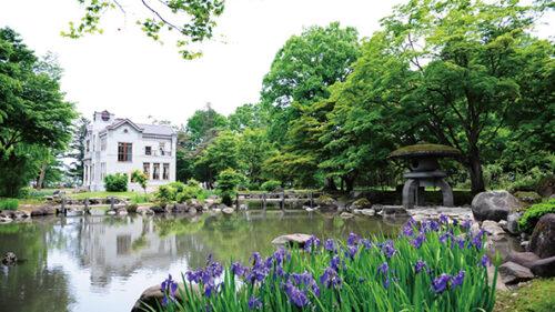 〈大仙市〉国指定名勝 旧池田氏庭園▷四季折々の景色を見せる庭園