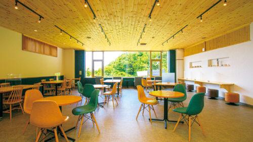 後生掛温泉 Gosho-café ごしょカフェ▷八幡平を臨む秘湯の宿に誕生したカフェが話題