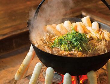 〈大館市〉きりたんぽ▷新米で作るきりたんぽ鍋をぜひ